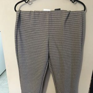 H&M Houndstooth Ankle Pants.